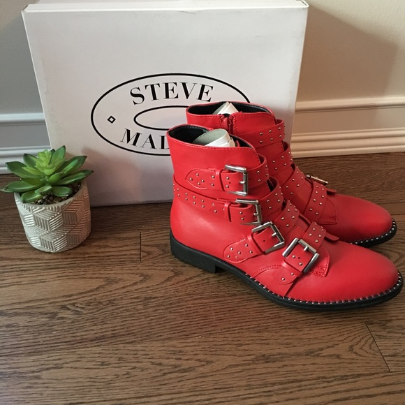 a676cc76a17 New in Box Steve Madden Reena Booties